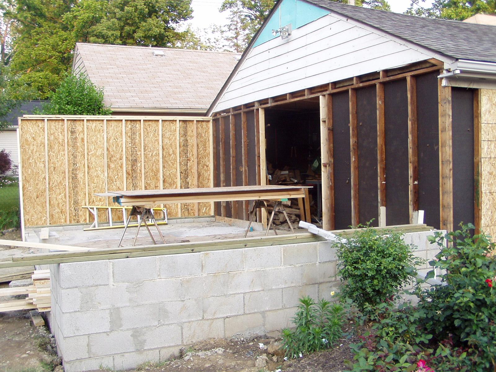 29+Garage Greenhouse